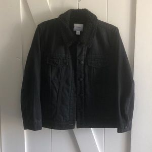 Old Navy Black Denim Jacket - Sherpa Lined XLP